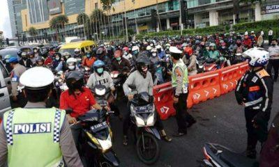 Hari Pertama PSBB, DPRD dan Pemkot Surabaya Anggap Wajar Kekacauan Lalin di Bundaran Waru